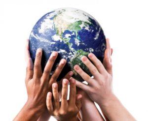 mains planete protection environnement 300x246 - EXIGENCES ENVIRONNEMENTALES AU MAROC